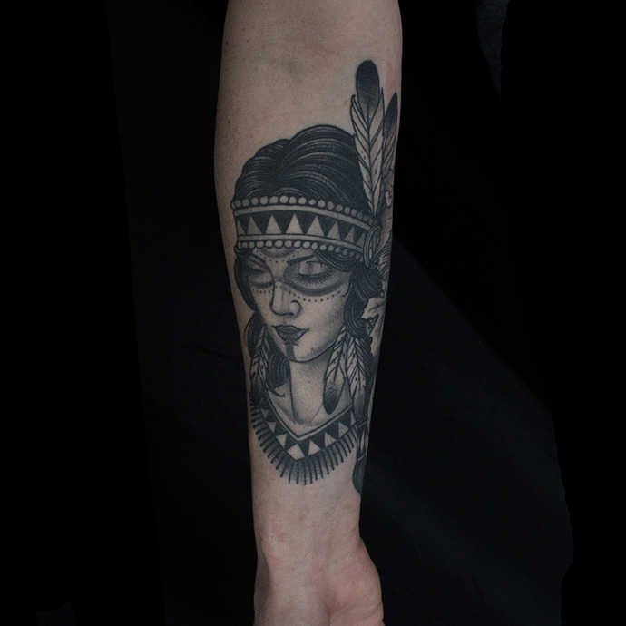 Neo Traditional Old School Art Tattoo Unterarm Indianer